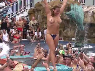Unspeakable debauchery এ ফ্লোরিডা পুল পার্টি