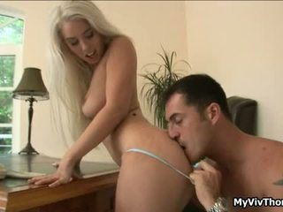Napalone blondynka nymph has sensuous attractive