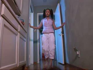 Luiseva vauva evelyn lin kovacorea video-