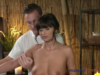 Massage Rooms Filthy cock hungry Milf gets the hard fucking she craved - Porn Video 871