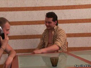 pirmą kartą, blowjob, porno video