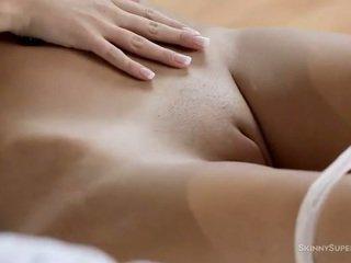 klitoris, şehvetli, tıraşlı