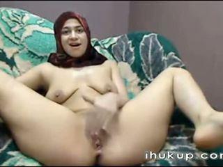 Arab dívka masturbates na web vačka
