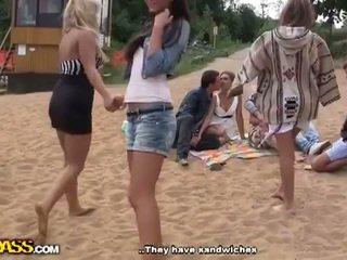 Echt openlucht porno video- met heet meisjes