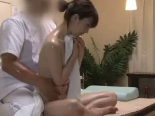 Spycam Reluctant Teengirl Seduced By Masseur