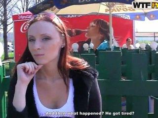 Margot exhibits henne kinky bits och touches för pengar