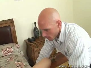 Erotic Blonde Madison Scott Has Fucking Johnny Sins And Has Peak Onto Her Smut Jugs
