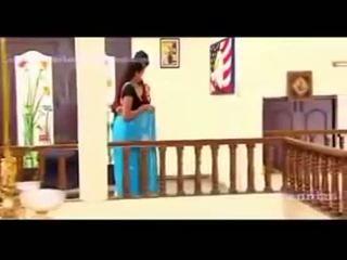 South waheetha heet scène in tamil heet film anagarigam.mp4