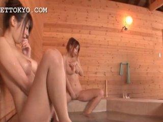Seksi bodied asia tramps working pussies di itu sauna