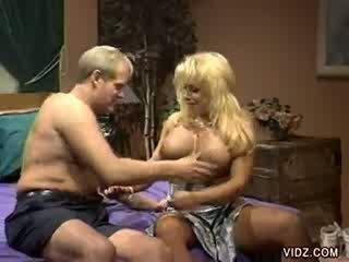 Daddy's alt dong fierce ein blond slut's puss