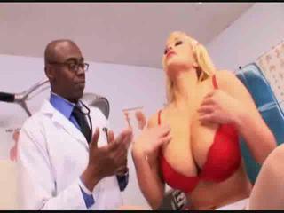 Heiß krankenschwester flittchen anal prüfung video