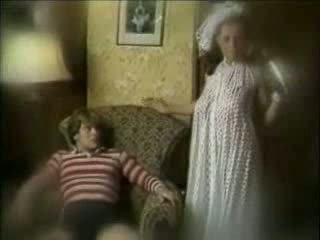 רשע אמא seduces בן