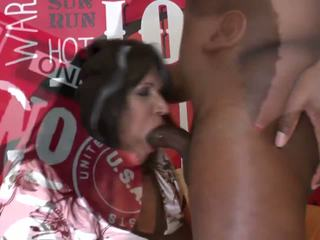 Mature Mother Squirts and Fucks Old Black Cock: HD Porn fa