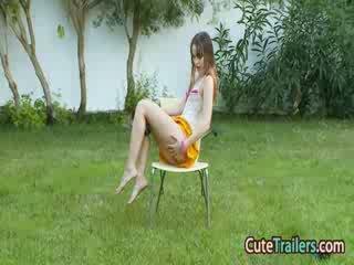 Masturbation and barmak bilen dürtmek in the grass