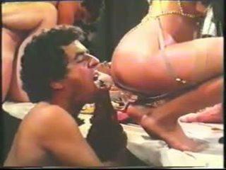 Diez: bezmaksas vintāža & spāņi porno video 75