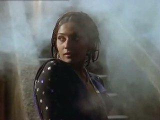 הסלב, שחקנית, הודי