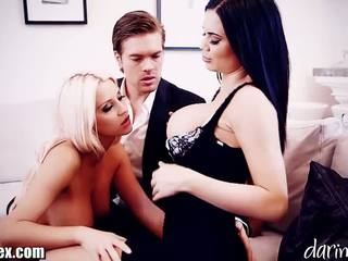 DaringSex Cumswapping FFM Threesome