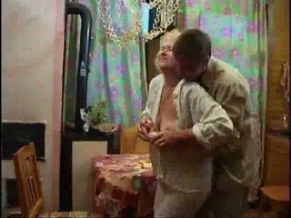 Rijpere blondine naakt en forcing lul neer haar throat video-