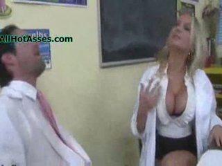 Alanah rae fucks the věda učitel