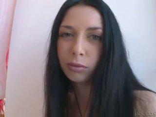 Die insatiable harter sex siffredi fucks 3 blondes und ein schwarz haired