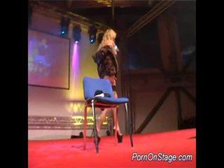 Voluptuous Lady Screws Herself Onto Stage