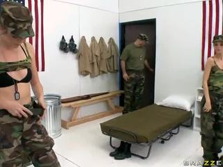 Militèr singing munchers jana jordan and jessie andrews in lesbian xxx vid