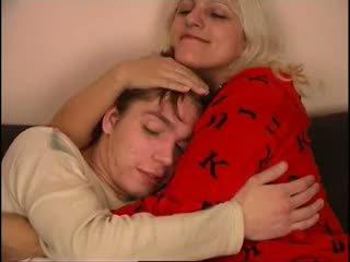 Russa mãe e não dela filho