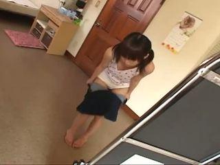 שחרחורת, צעיר, יפני