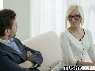 Tushy Καυτά γραμματέας kate england gets πρωκτικό από πελάτης