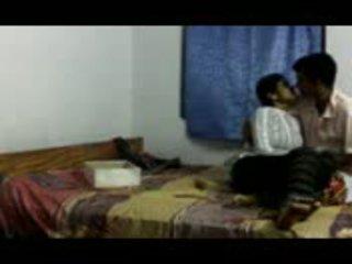 Indiai gitam bhu lány cheated által faculty part1