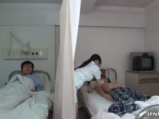 Японки медицинска сестра gets палав с а възбуден part6