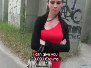 Sexy isabelle sucks en fucks voor cash