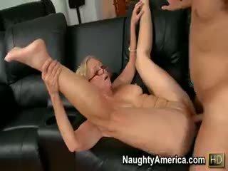 Annabelle Brady