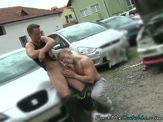 Car mechanic barebacks his customer