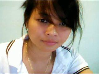 الآسيوية في سن المراهقة في كاميرا ويب